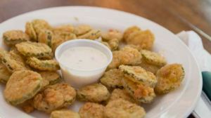 hollywoods-fried-pickles